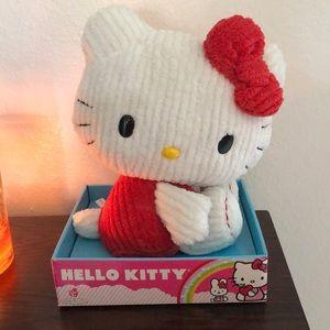 {Hello Kitty} NWT plush